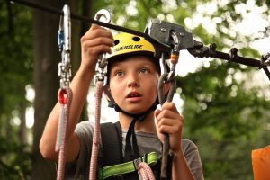 boy-carabiners-child-climber-434400